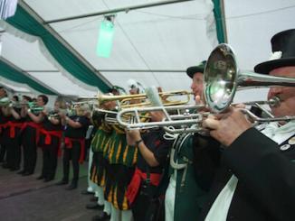 Blasorchester bei Schützenfesten