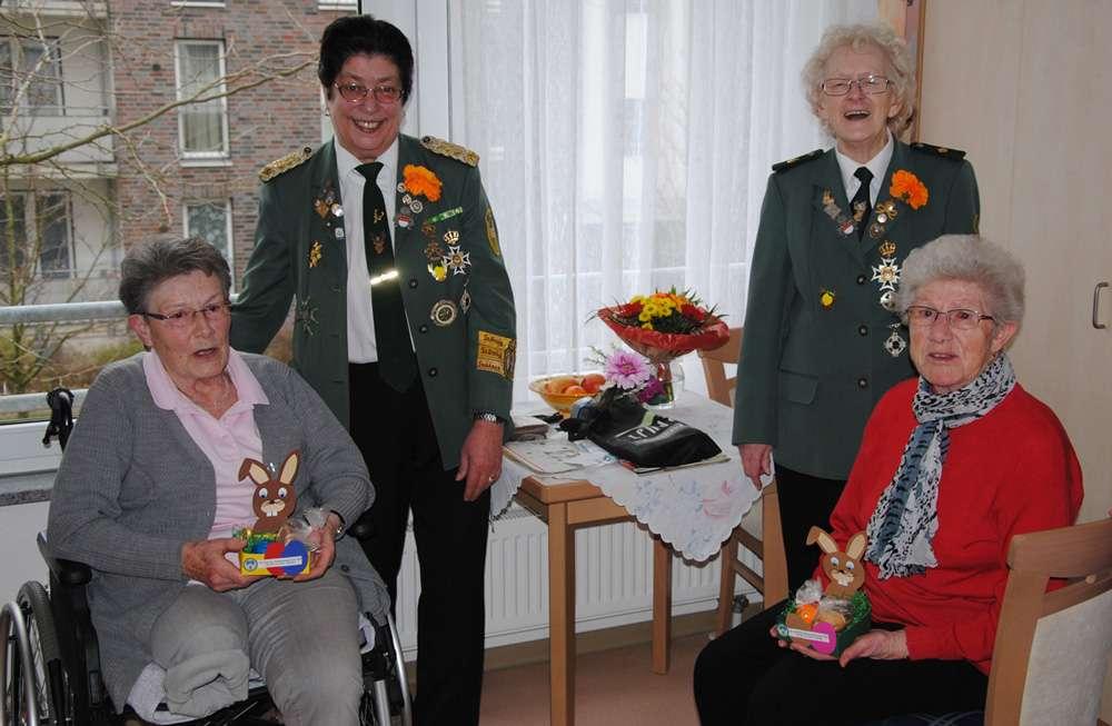 Ostergeschenke verteilen Pflegestation