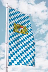 Bayernfahne für Ausleger mit Löwen-Wappen (Raute)