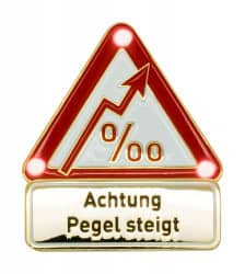 Achtung Pegel steigt - Pin mit Blinkis