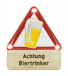 Achtung Biertrinker - Pin mit Blinkis