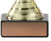 Fußball-Pokale 3er Serie A104 gold