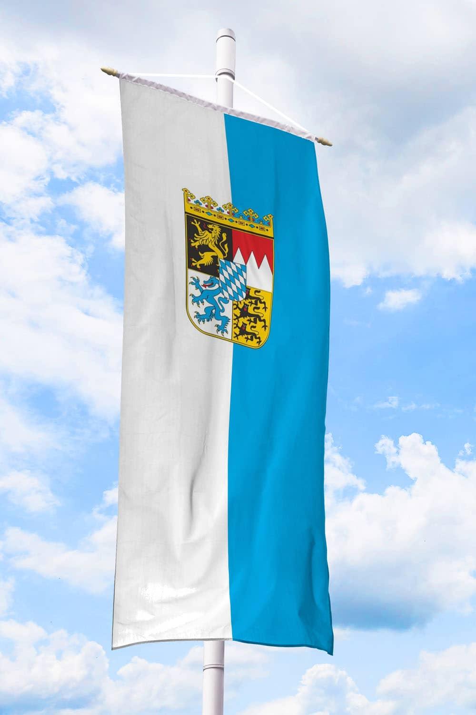 Bayern-Bannerfahne mit Wappen (Streifen) bei Deitert SF ...