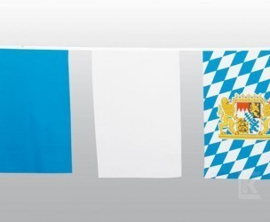 Maxi-Fahnenkette Bayern Polyester