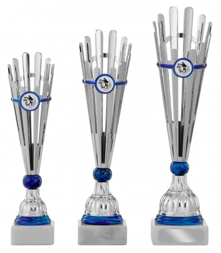 Pokale 3er Serie S451 silber/blau 29cm