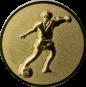 Emblem 50mm Fußballspieler m. Ball, 3D gold